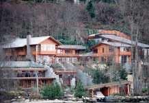 贝佐斯和比尔盖茨居住的这个小镇 政府居然没钱了