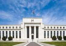 美联储声明全文:降息源自全球形势施压 通胀压力减弱